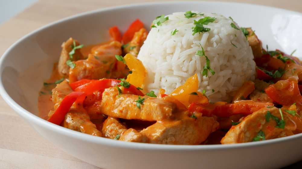 Paprika Cream Ragout with Rice