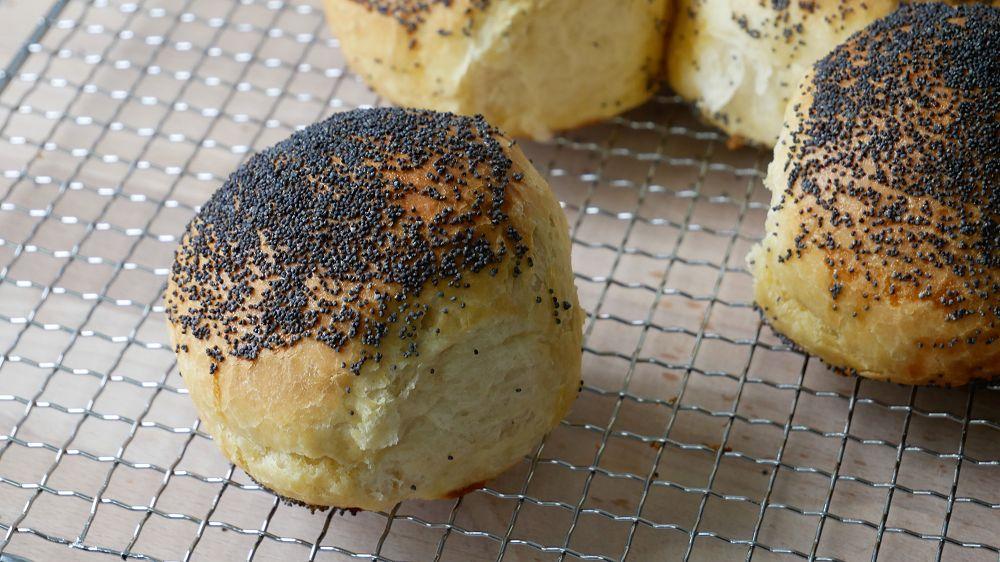 Baking Bread Roll Wheel with Poppy Seeds
