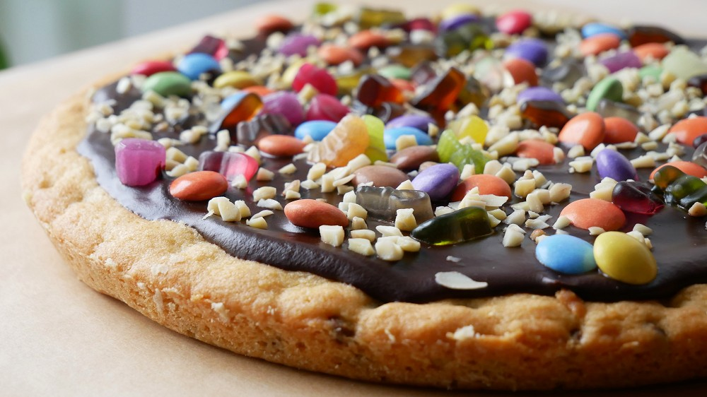 Baking Cookie Pizza
