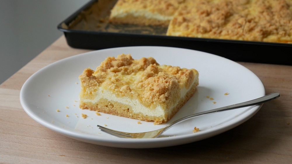 Simple Quark Crumble Sheet Cake