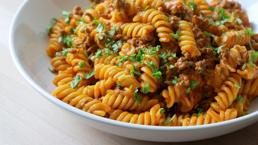 One Pot Pasta mit Hackfleisch