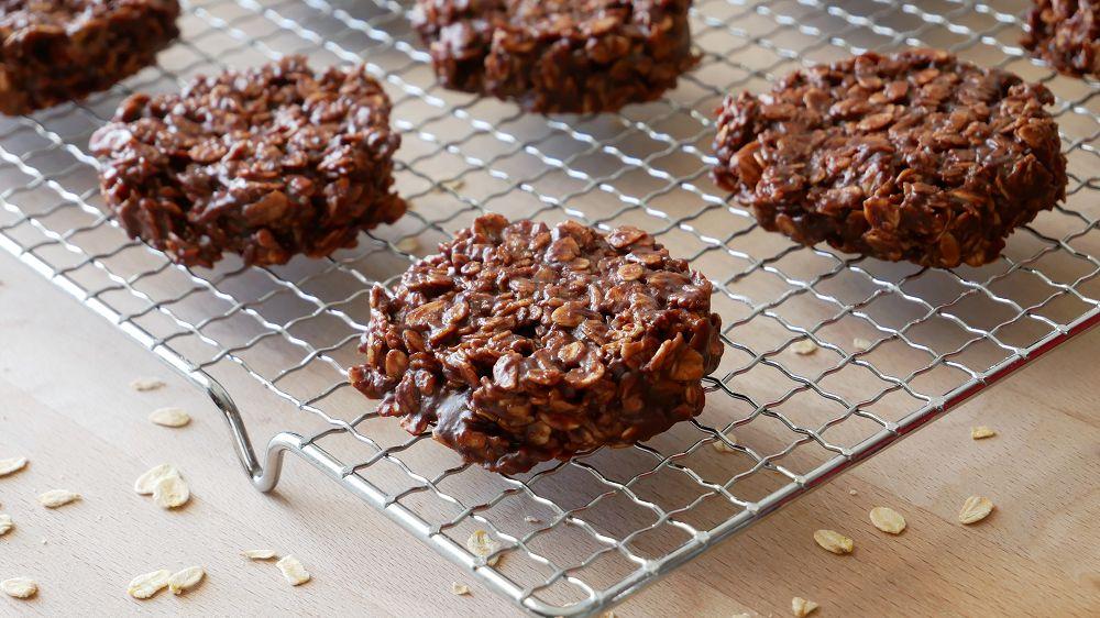 Schokoladen Haferflocken Kekse (Ohne Backen)
