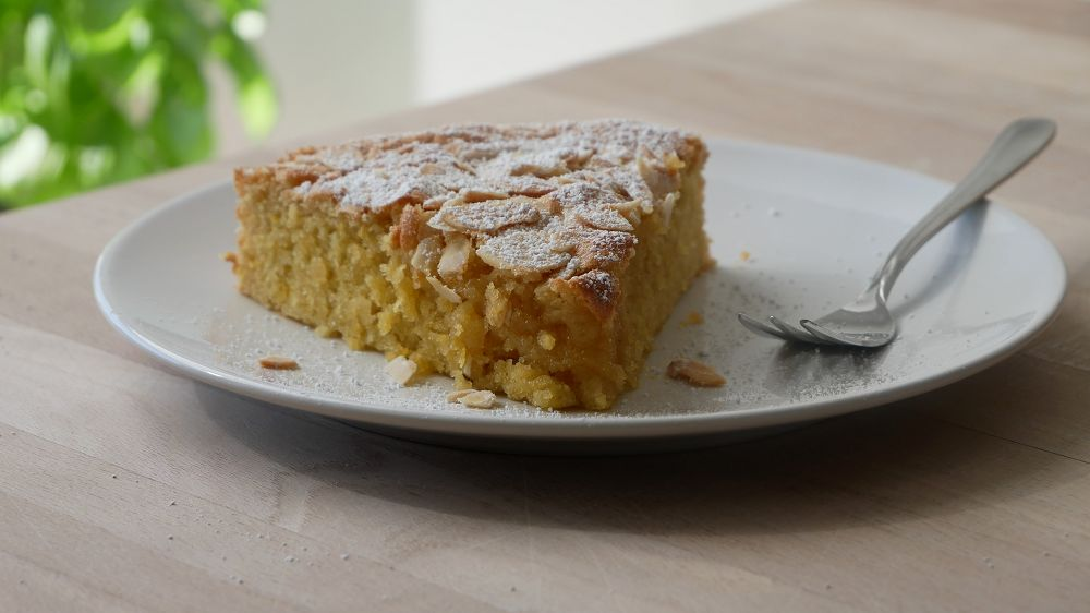 Lemon Almond Cake (no flour)