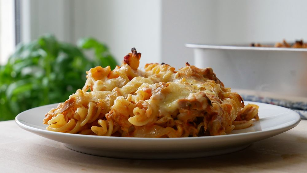 Simple Pasta Bake with Tuna