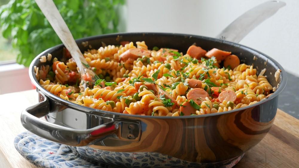 One Pot Pasta with Veggies & Sausages