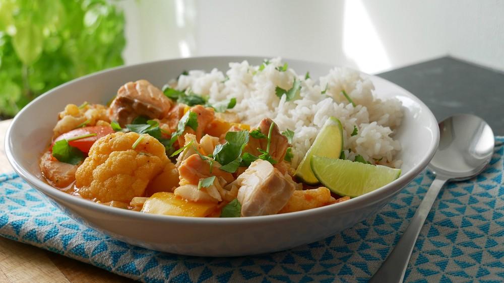 Fisch Curry mit Blumenkohl & Paprika